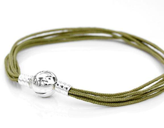 Moments Olive Multi-String Bracelet från Pandora