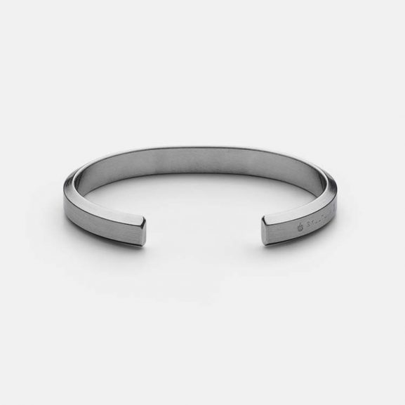 Icon Cuff - Matte Steel från Skultuna