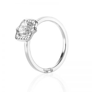 The Mrs Ring 0.30 ct Vitguld från Efva Attling