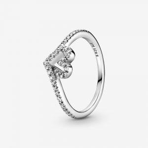 Sparkling Wishbone Heart Ring från PANDORA