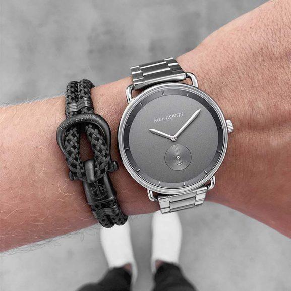 Nylon Phinity Armband Gun Metal/Svartgrå från Paul Hewitt