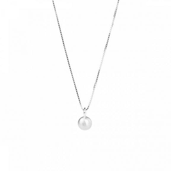 Sparkling Globe Necklace Silver från Emma Israelsson