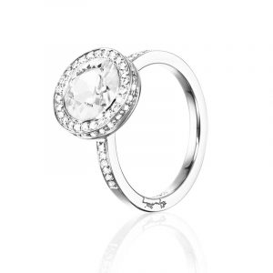 Halo Ring – Crystal Quartz Vitguld från Efva Attling
